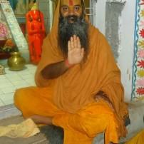 Kamadgiri dwar Jagadguru Ramswaroopacharya